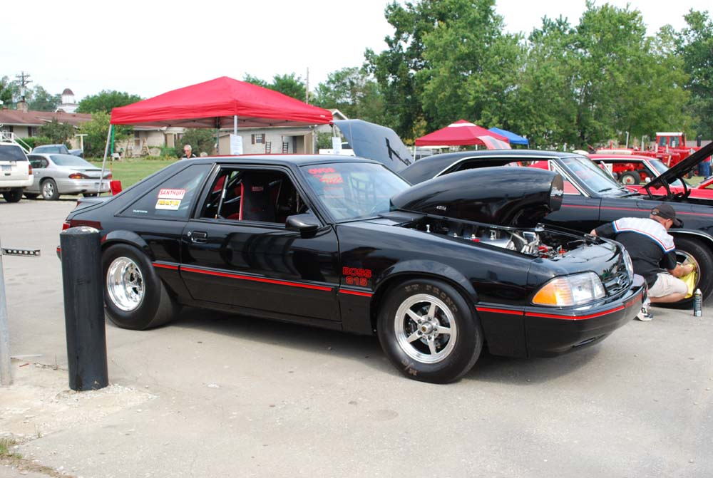 Back On The Eternal Hemi Project - Page 2 Car_show1